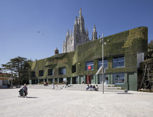 TIBIDABO WELCOME SQUARE POR MIAS ARCHITECTS